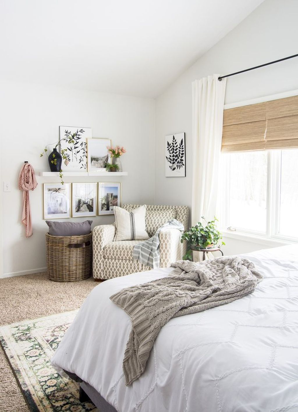 Lovely Spring Bedroom Decor Ideas Trending This Year 22