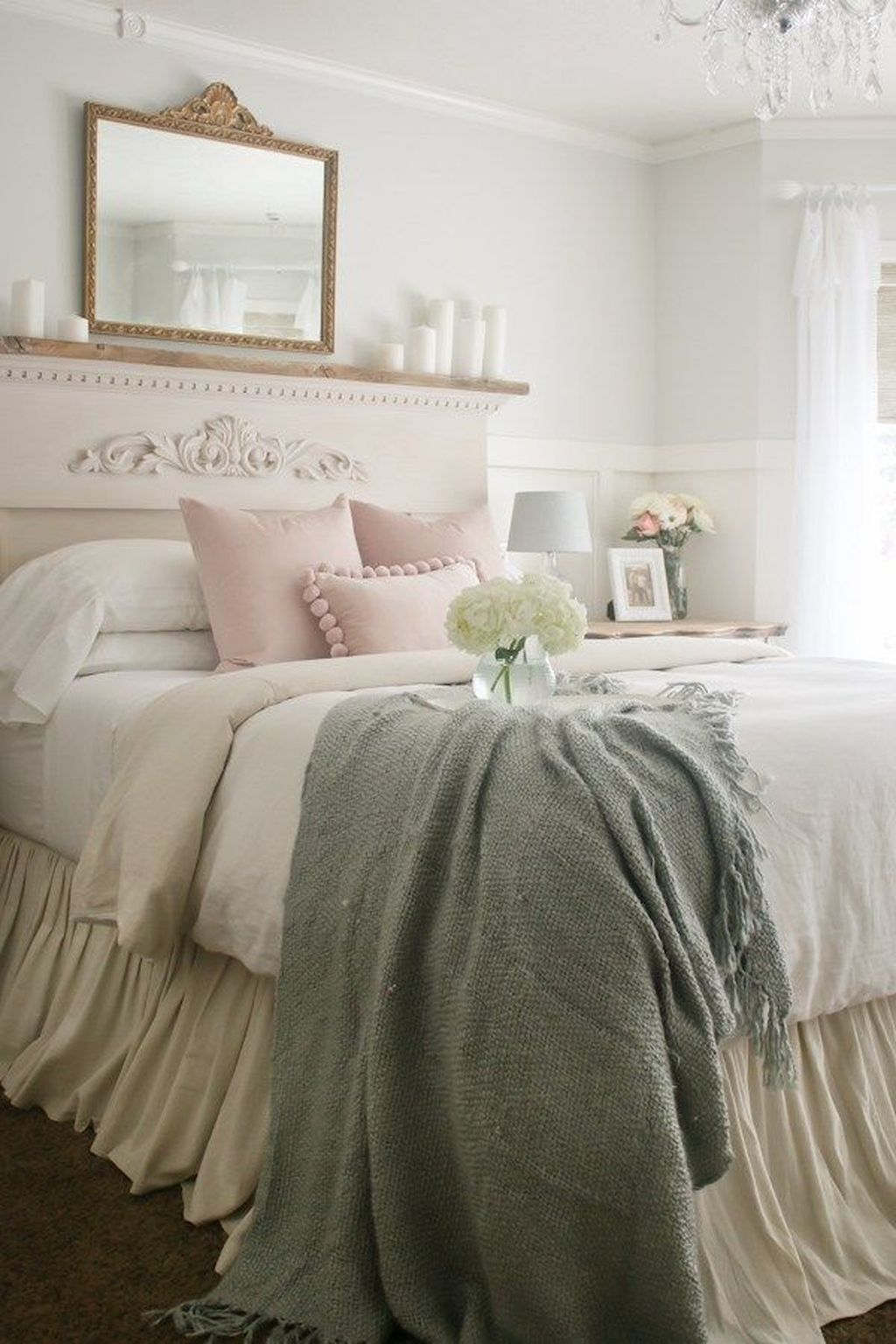 Lovely Spring Bedroom Decor Ideas Trending This Year 32