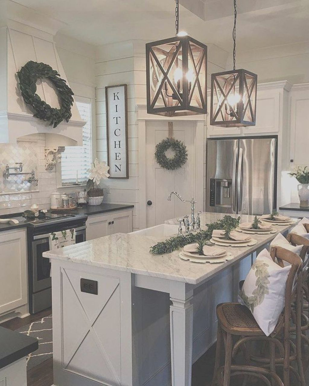 Stunning Farmhouse Kitchen Island Design Ideas 03