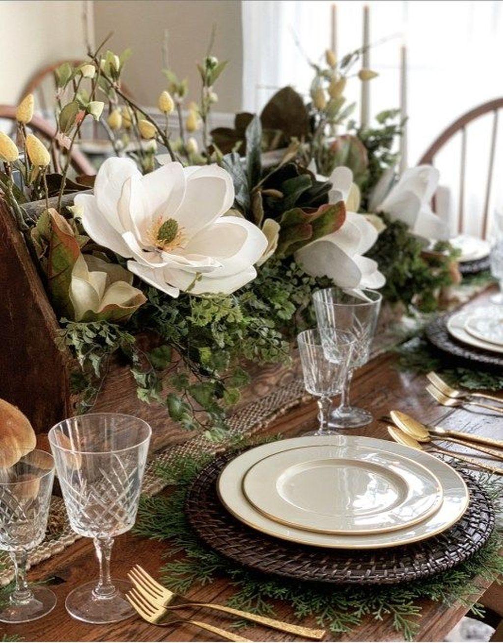 The Best Farmhouse Style Spring Tablescape Decor Ideas 16