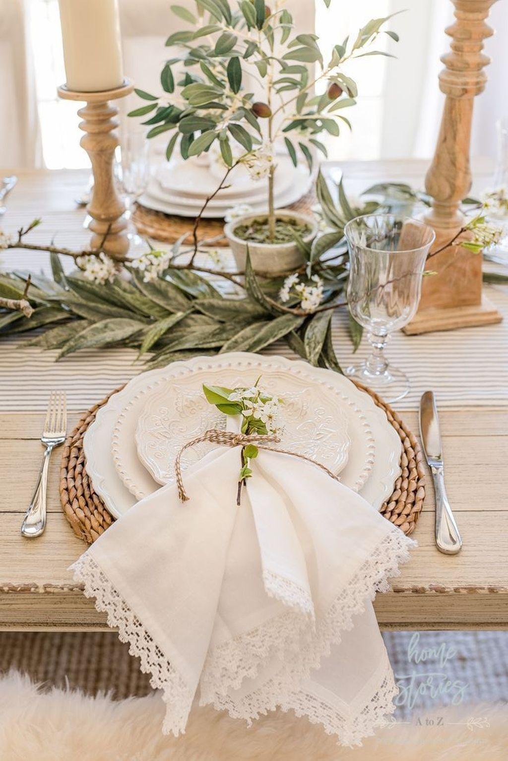 The Best Farmhouse Style Spring Tablescape Decor Ideas 17