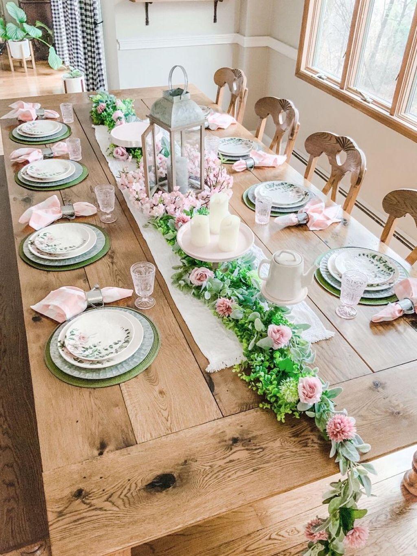 The Best Farmhouse Style Spring Tablescape Decor Ideas 18