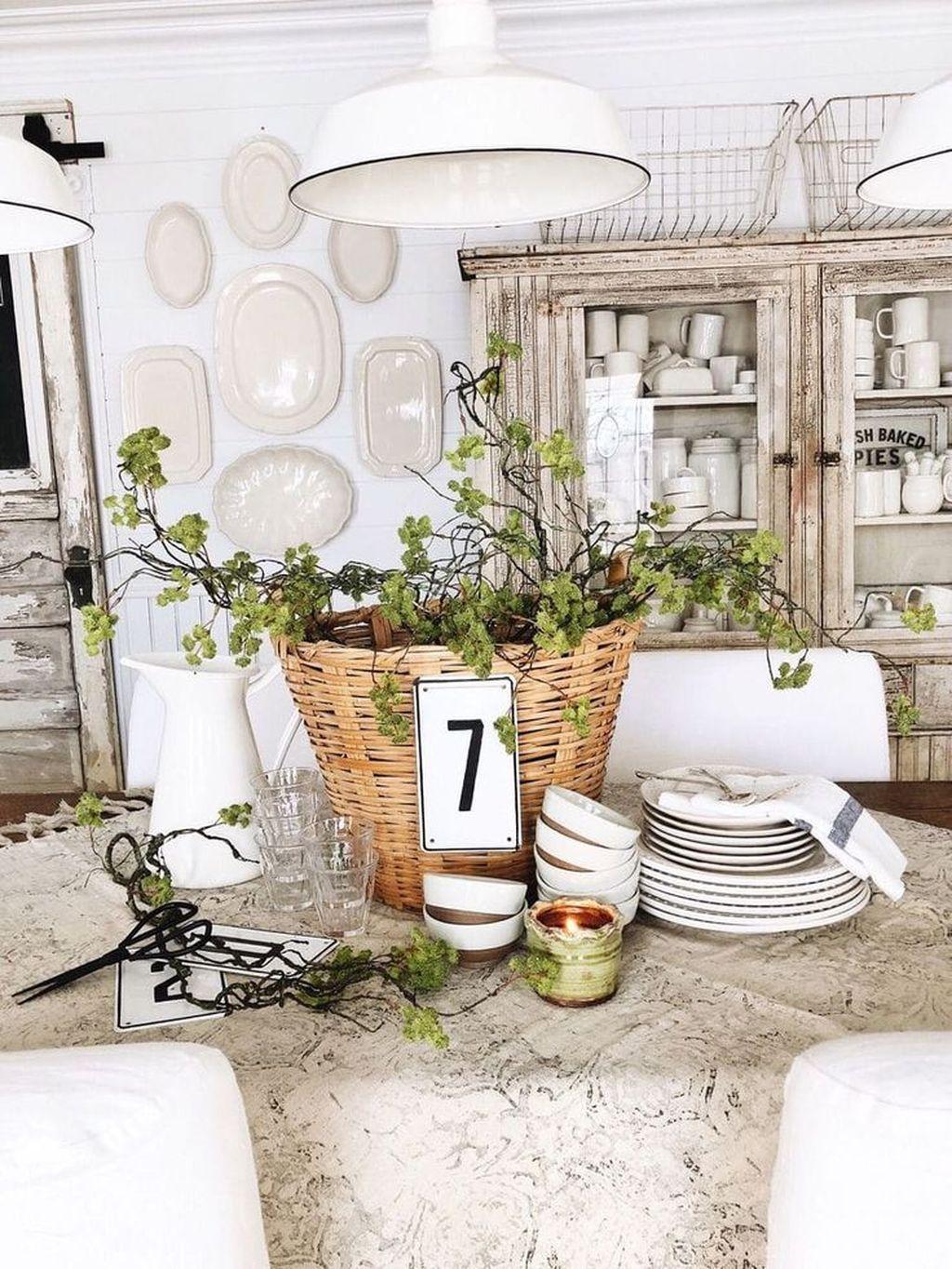 The Best Farmhouse Style Spring Tablescape Decor Ideas 20