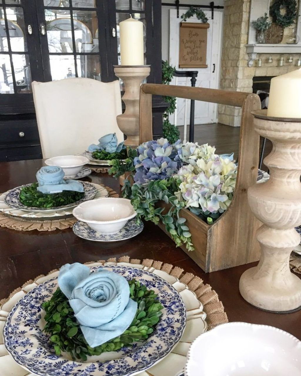 The Best Farmhouse Style Spring Tablescape Decor Ideas 22