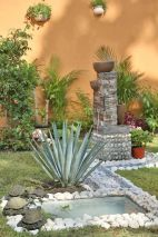 Beautiful Garden Landscaping Design Ideas 31