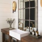 Rustic farmhouse style bathroom design ideas 17
