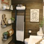 Rustic farmhouse style bathroom design ideas 26