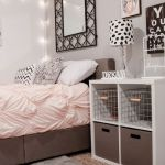 Simple and Comfortable Bedroom Design Ideas 51