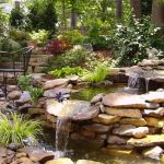 Make a mini waterfall in the garden 26