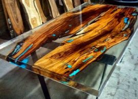 Awesome Resin Wood Table Project 22
