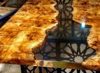 Awesome Resin Wood Table