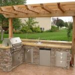 Awesome Yard and Outdoor Kitchen Design Ideas 31