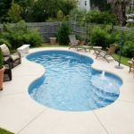 Awesome Small Pool Design for Home Backyard 35