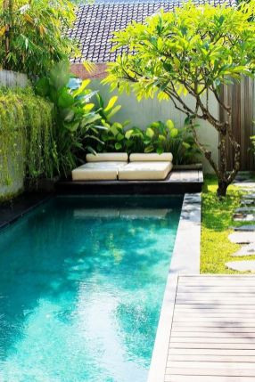 Awesome Small Pool Design for Home Backyard 40
