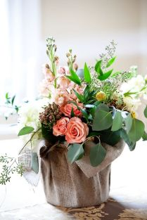 100 Beauty Spring Flowers Arrangements Centerpieces Ideas 31