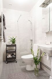 70 Brilliant Ideas for Small Bathroom Hacks and Organization 48