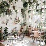 Amazing Indoor Jungle Decorations Tips and Ideas 41