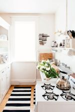 50 Ideas How to Make Small Kitchen for Apartment 15