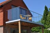 50 Incredible Glass Railing Design for Home Blacony 22