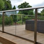 50 Incredible Glass Railing Design for Home Blacony 24