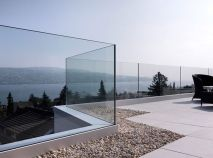 50 Incredible Glass Railing Design for Home Blacony 4