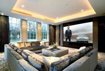 50 Magnificent Luxury Living Room Designs 24