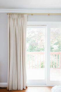 Beauty and Elegant White Curtain for Bedroom and Living Room 25