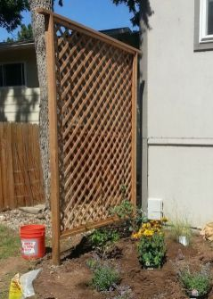 Cool Privacy Fence Wooden Design for Backyard 10
