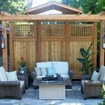 Cool Privacy Fence Wooden Design for Backyard 15