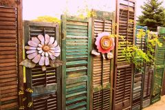 Cool Privacy Fence Wooden Design for Backyard 45