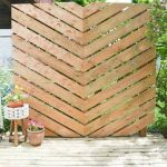 Cool Privacy Fence Wooden Design for Backyard 64
