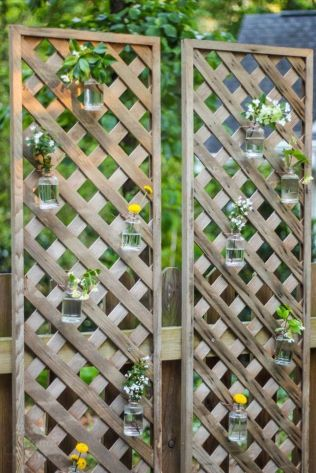 Cool Privacy Fence Wooden Design for Backyard 83
