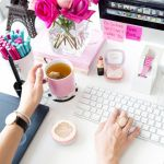 Inspiring Simple Work Desk Decorations and Setup 30