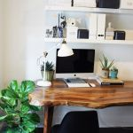 Inspiring Simple Work Desk Decorations and Setup 54