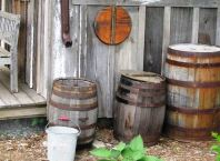 Rustic Backyard and Garden Decorations