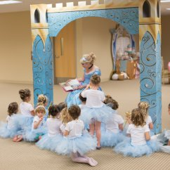 Chiavari Chairs Wholesale Pier One Imports A Dream Come True Cinderella Birthday Party | Hoopla Events Krista O'byrne