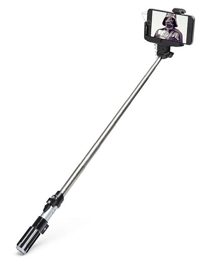 Star Wars : la perche à selfie sabre laser de Dark Vador