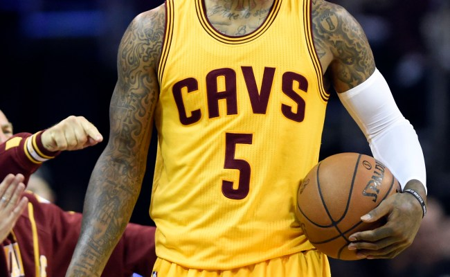 Cavs Re Sign J R Smith Hoops Rumors