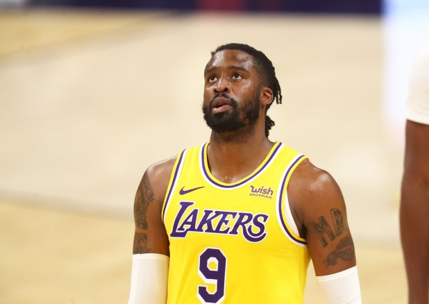 December 18, 2020;  Phoenix, Arizona, United States;  Los Angeles Lakers guard Wesley Matthews (9) against the Phoenix Suns during a preseason game at the Phoenix Suns Arena.