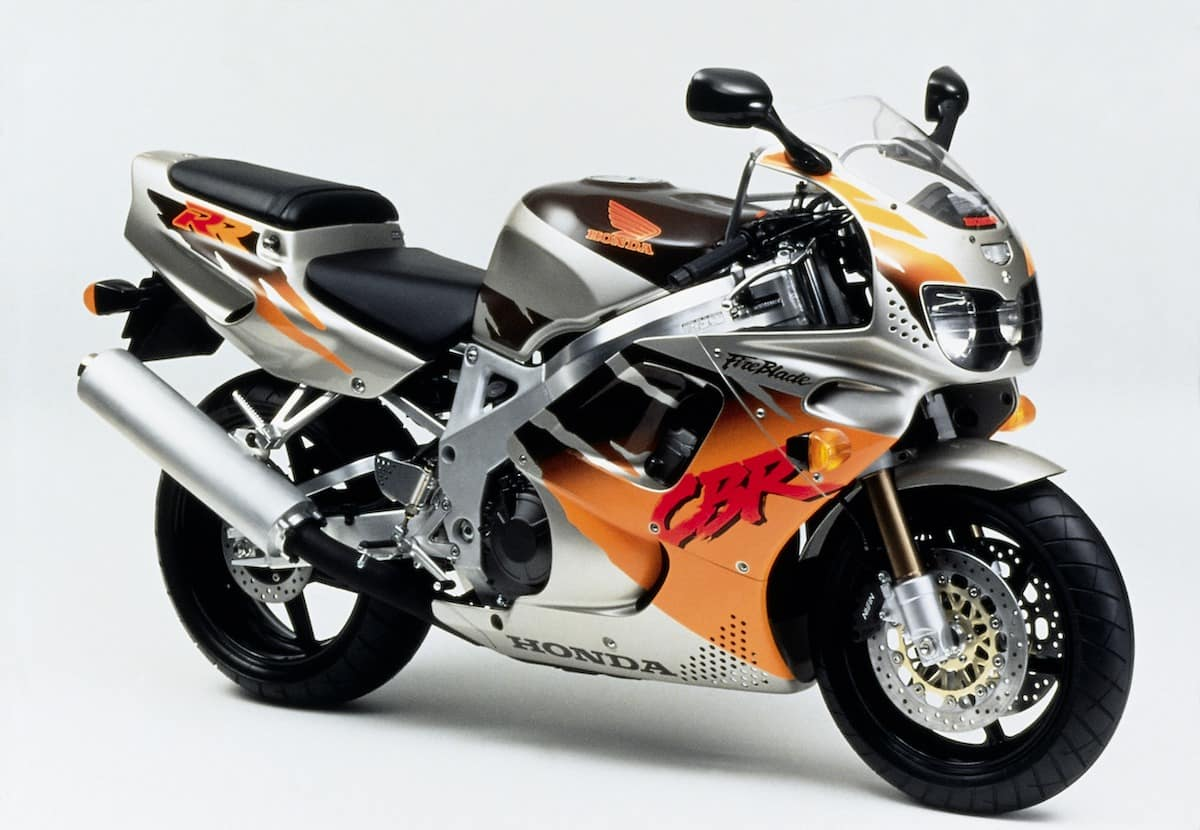 hight resolution of first revision of the cbr900rr in 1994 what d you do to the lights these were the tiger eyes named for the accents coming off the lights