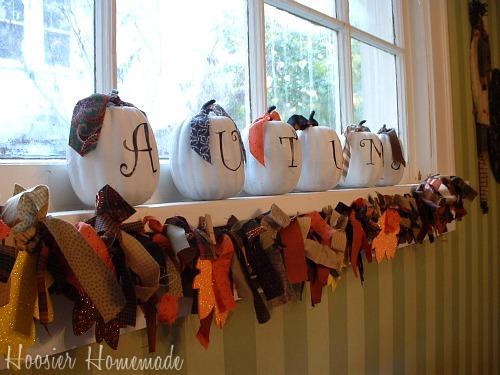https://i0.wp.com/hoosierhomemade.com/wp-content/uploads/Thanksgiving-Garland.3.jpg