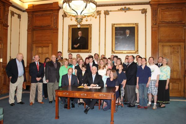 Governor Pence Signs Anti-common Core Bill Law