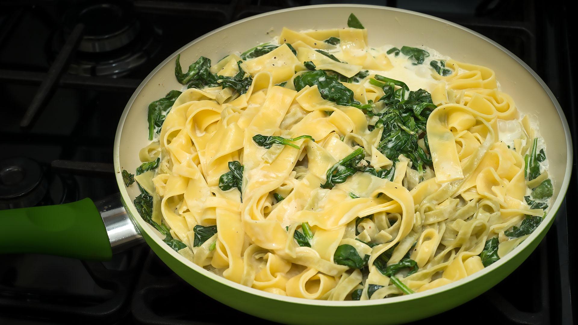 Tagliatelle with Mascarpone, Parmesan & Spinach