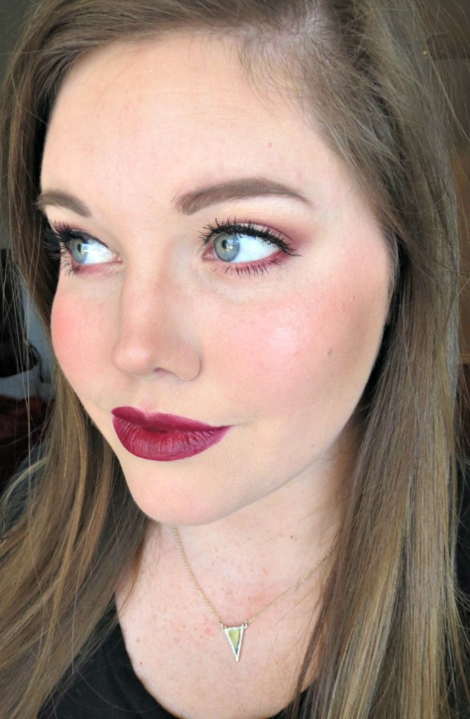 revlon-super-lustrous-lipstick-in-black-cherry-5