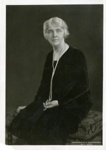 #31-1928-f03 First Lady Lou Henry Hoover.