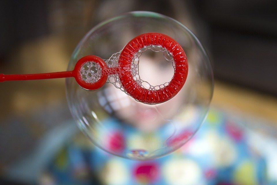 Stress bubbles