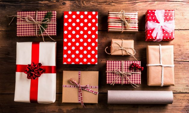 250+ Frugal Gift Ideas For Everyone on Your List