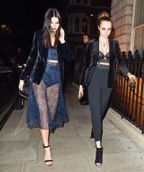 celebrity-inspired-party-outfits-that-are-actually-warm-1527525.600x0c