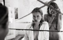kate-moss-and-daria-werbowy-stun-in-equipments-ss-2016-campaign-1615091-1452159175.640x0c