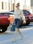 tk-celebrity-outfit-ideas-to-try-for-new-years-day-brunch-1596288-1450140207.640x0c